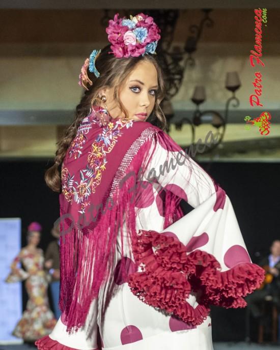 Traje Carruaje Blanco Lunar Buganvilla Flamenca